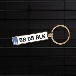 Breloc auto cu logo BMW...